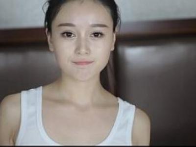 Hot girl Trung Quốc khoe hàng cực đã mắt