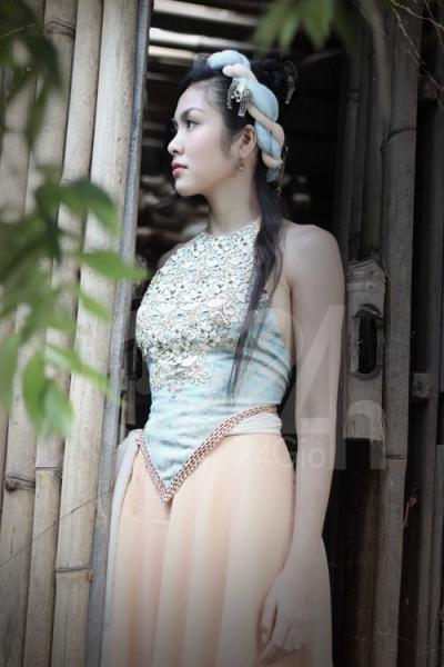 Tăng Thanh Hà đẹp rạng người trong tạo hình kỹ nữ Linh Lan