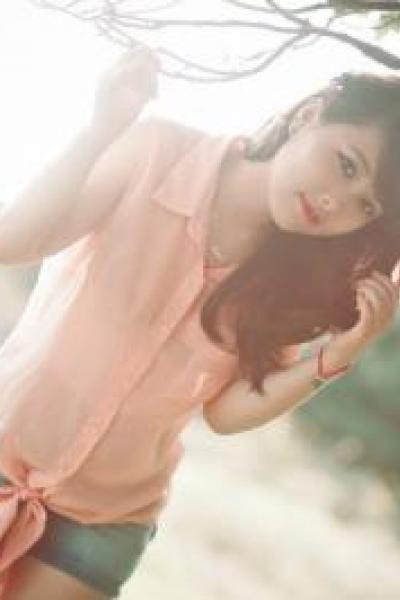Girl xinh photo trong ảnh: Nắng trong mùa hạ