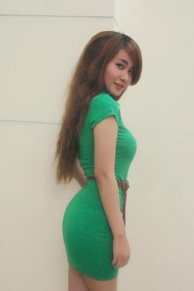 Cô gái cực giống ji yoen t-ara