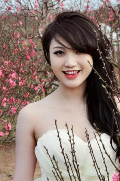 Trang Cherry - Nét duyên mùa xuân