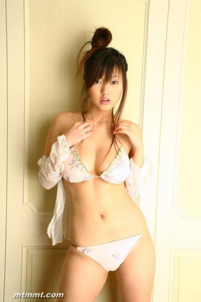 Sayuki Matsumoto vẻ đẹp huyền bí