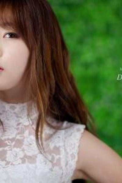 Cùng ngắm vẻ đẹp đầy quyến rũ của Hong Ji Yeon