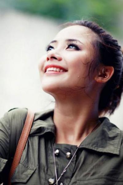Lộ điểm thi tốt nghiệp 'bết xê lết' của hot girl Hà thành