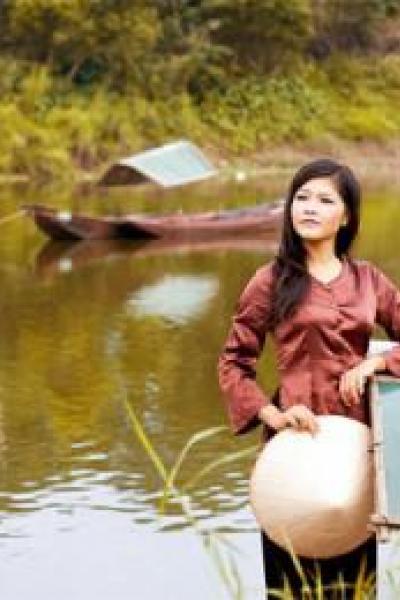 Ngắm 15 cô gái đẹp nhất Imiss Thăng Long 2012